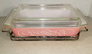 Vintage Pyrex Casserole 2 Qt Pink Scroll Dish W/ Metal Stand And Lid