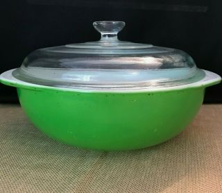 Vintage Pyrex Bright Kelly Green 2 Qt.  Round Casserole Dish 024 W/ Glass Lid