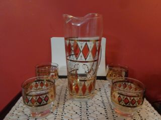Vtg Martini / Juice Pitcher With 4 Glasses Gold Band With Red Diamonds