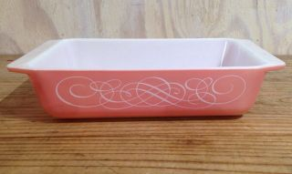 Vintage Pink Pyrex Rectangle Casserole Dish White Scroll 2 Qt 575