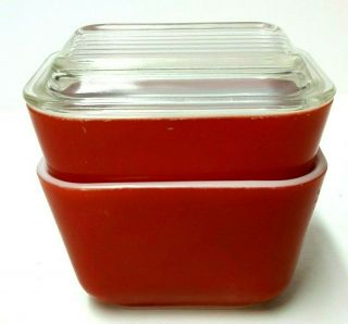 Vintage 1950s Pyrex Set Of Two 1 1/2 Cups Red Refrigerator Dish With One Lid