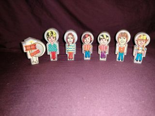 Vintage Remco Partridge Family Bus Figures 1973