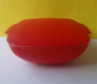 Vintage Pyrex 525b Red 2 - 1/2 Quart Covered Casserole Dish With Lid