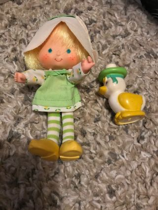 Vtg Strawberry Shortcake Tulip Doll Marsh Mallard Attached Hat Scented