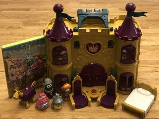 Big Idea Veggietales Duke And The Great Pie War Castle Playset And Dvd Complete