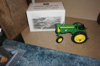 1/16 John Deere 420 V Tractor 2003 Two Cylinder Club Expo Show Xiii By Ertl