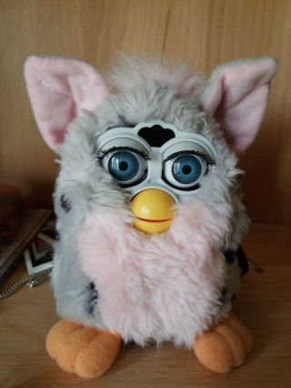 Furby 1998 1st Generation Pink And Gray Leapord Spots Loves To Talk