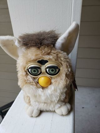 Vintage 1998 Wolf Furby Tiger Electronics 70 - 800