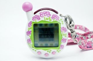 Tamagotchi V4 Plus Entama White 2005 Bandai Virtual Pet Japan Tmgc 05
