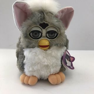 1998 Furby Gray Pink Ears Yellow Nose Feet Model 70 - 800 Tiger Electronics