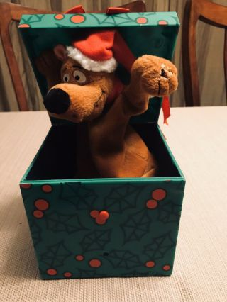Gemmy Pop - Up Scooby - Doo Battery Animated Christmas Pop - Up Gift Box