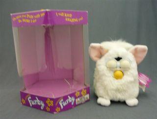 1998 Furby 70 - 800 Series 1 Tiger Snowball Electronic Toy - White With Tag