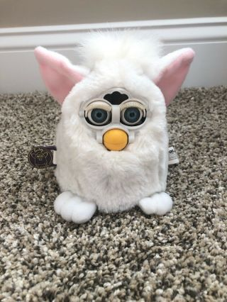 Tiger 1999 Furby Babies Toy Model 70 - 940 White With Tags