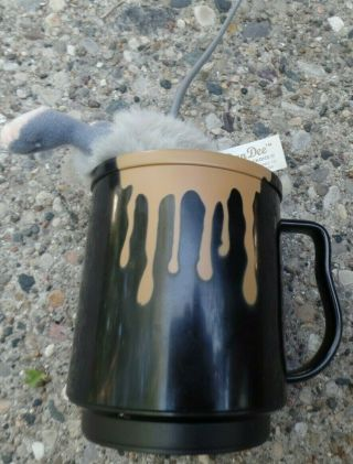 Dan Dee Antimated Rat In A Mug - Battery Operated Moves & Makes Noise Burps Euc