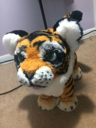 Fur Real Roaring Tyler Tiger Usedt/still Works/has Batteries