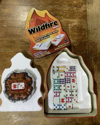 Wildfire Dominoes Dominos Electronic Game Lights Sound Fundex Tin
