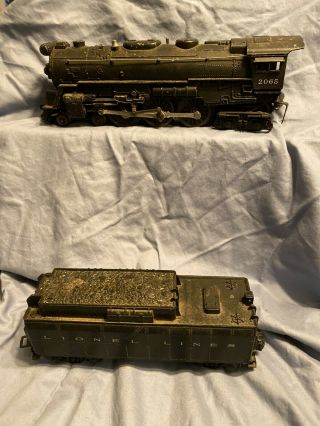 Lionel No.  2065 Hudson Steam Locomotive & Tender (not Marked)